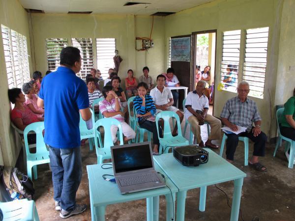 Meeting with members of Barangay Siit (© Jadloc)