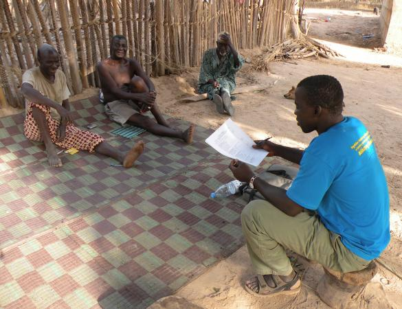 Community interview to monitor the socio-economic results of Kawawana