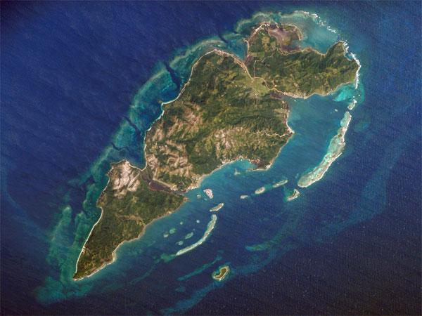 Guanaja Island satellite view (© BICA Guanaja)