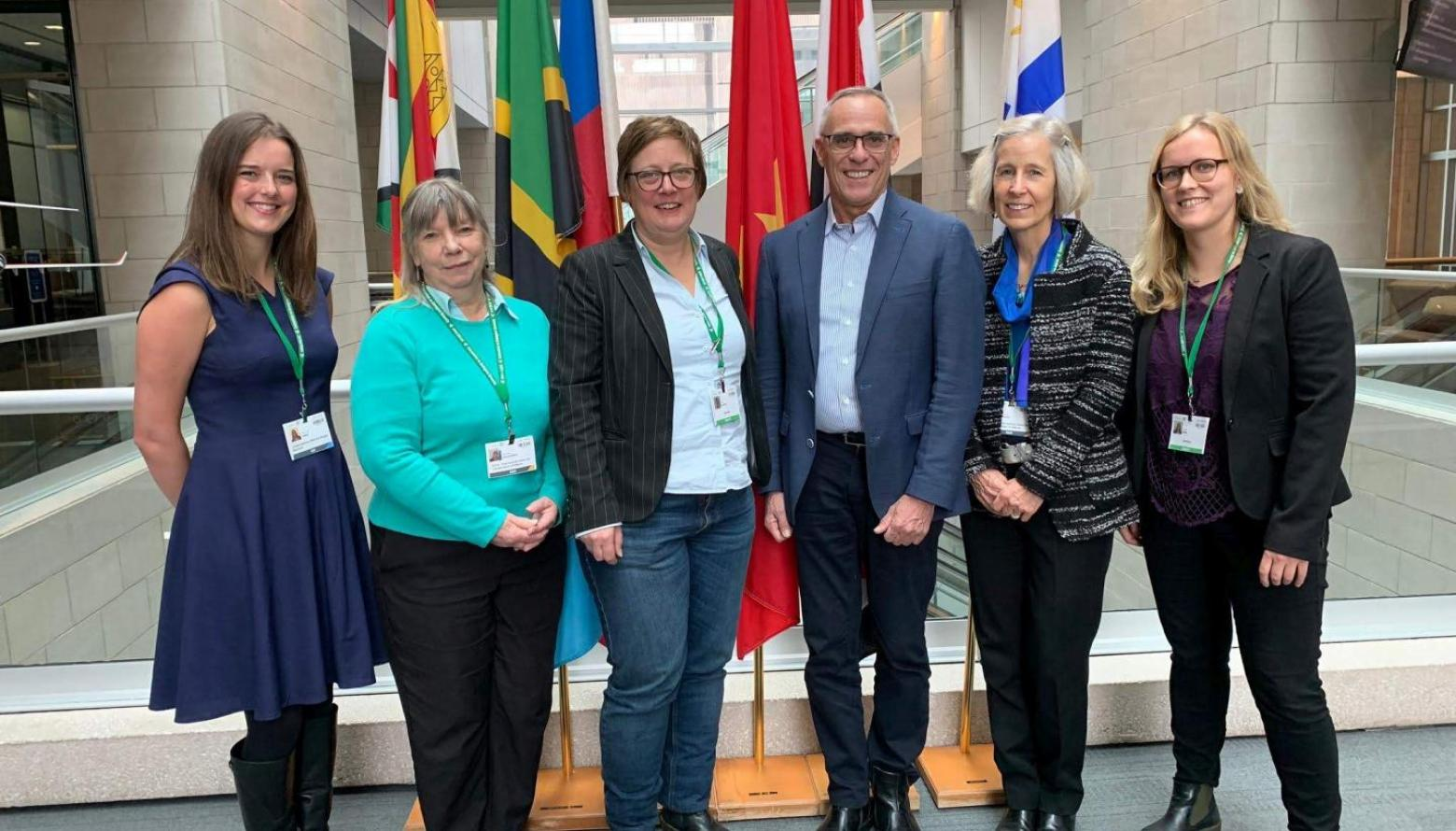 From left to right Anne Virnig (UNDP); Dr.Kathy MacKinnon (IUCN WCPA); Inka Gnittke (BMU); Trevor Sandwith (IUCN); Dr. Jane Smart (IUCN); Janina Heim (BMU)